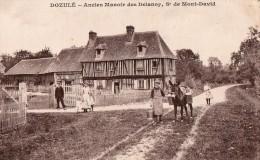 DOZULE    Ancien Manoir Des Delanoy - Francia