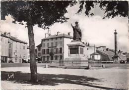 Cpsm  1952, AURILLAC Cantal, Statue De Gerbert, 1er Pape Français   (28.73) - Aurillac