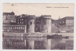(RECTO / VERSO) COGNAC EN 1914 - LES TOURS DU VIEUX PONT AVEC BATEAU - SUPERBE CACHET - Cognac