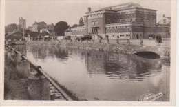 CPSM  10 Aube - TROYES - La Piscine Et Le Canal - Troyes