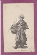 MONTLUCON .- Petite BOURBONNAISE - Costumes