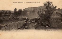 Chasseurs Alpins Faisant La Pause-café à Plascassier (06) - Manoeuvres
