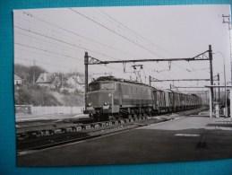 Locomotive électrique 2D2 5549 à Lardy En 1977 - Trains