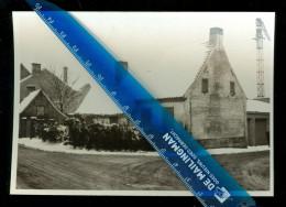 "Iseghem  Izegem  : Geen Postkaart - Foto 1968  :  Oude Huisjes "" Baskes "" ( Bareel ) Aan De Nederweg - Izegem"