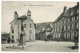 MENDE  HOTEL DE VILLE  LA PLACE- - Mende