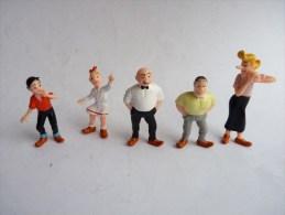 5 FIGURINES PUBLICITAIRES BOB ET BOBETTE - NUTRICIA 1995