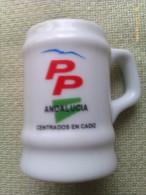 Mini Jarra De Cerveza. Partido Popular De Andalucía. PP. Centrados En Cádiz. España. - Jarras