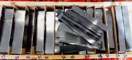 850 GR. DE BANDES HAWID SIMPLE SOUDURE FOND NOIR - LONGUEUR 210mm X HAUTEUR AU CHOIX.+ 10% GRATUIT- VOIR INFO - Fächer