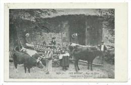 CPA -LES BOUZAT -DEPART POUR LA FENAISON -Puy De Dôme (63) -Circulé 1923 -Animée, Vaches, Boeufs... - France