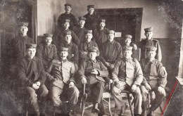 Photocarte Allemande- Militaire Soldats Allemands Pose Photo 1916 (guerre14-18)2scans - Weltkrieg 1914-18