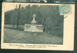 "RIAUCOURT (52) : "" MONUMENT ELEVE AUX ABBES Pierre Et Charles  DURAND En 1905- DAN27 - Sonstige Gemeinden"