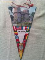 Banderín De Valencia. España - Escudos En Tela