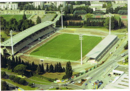 AVIGNON  LE PARC DES SPORTS  TBE - Fútbol