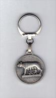 Porte Clefs: Romulus Et Remus Avec La Louve, Tissus K.M., Paris, A. Augis (14-473) - Sleutelhangers