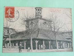 REVEL - La Place Du Marché Construite En 1347 - Revel