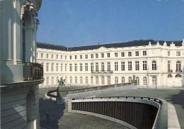 487    BRUXELLES - BRUSSELS  Place Du Musée - 2 Scans - Musea