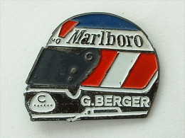 Pin´S FORMULE 1 -  RENAULT - CASQUE G.BERGER - F1