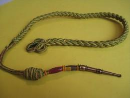 Fourragére Simple  /Médaille Militaire/ Avec Pampilles En Plastique  / IVéme  République      D419 - Army & War