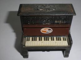 TAILLE CRAYONS METAL, PIANO (16862) - Andere Verzamelingen