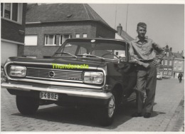 ANCIENNE PHOTO ** VINTAGE PHOTO ** OUDE FOTO **  HOMME MAN OPEL AUTO AUTOMOBILE CAR - Personnes Anonymes
