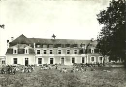 PAYRE   JEUX DANS LE PARC   AERIUM SAINT LOUIS DE GURON - Autres Communes