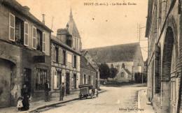 Digny ( E Et L ) - La Rue Des écoles , Animée - 28 - - Autres Communes