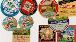 LOT A 29 De 10 étiquettes De Fromage Neuves - Cheese
