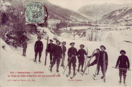 05 - HAUTES ALPES - Queyras - Le Poste De Vallée D´Aiguille Fait Une Course  En Skis - Carte Animée, Gros Plan - France