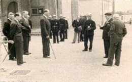 CARTE PHOTO : SAINT-NIZIER-LE-BOUCHOUX REMISE DE DECORATIONS AUX ANCIENS COMBATTANTS POMPIERS 01 AIN - France