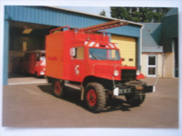 LA FLECHE    Camion De Pompier -    Thème  Sapeurs Pompiers Caserne - La Fleche