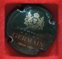Capsule De Champagne -  Germain  - N°: 24 - Depuis 1898 - Vert Foncé Et Or  . - Germain