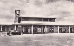 """Loire Atlantique Saint Nazaire  """"  La Gare Et Une Traction Citroen 15 Bl  """" - Saint Nazaire"""