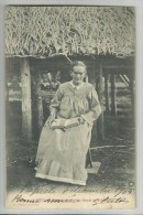 TAHITI Femme Indigène Lisant La Bible     Er18 - Polynésie Française