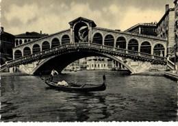 C P S M--C P M --ITALIE---VINENZIA---pont De Rialto----voi R 2 Scans - Venezia
