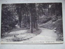 SEVRES / PENSIONNAT DE MELLE ARCHINARD/ UNE VUE DU PARC / JOLIE CARTE 1921 - Sevres