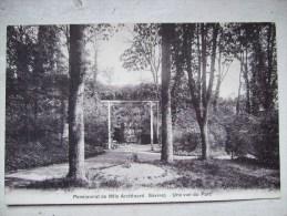 SEVRES / PENSIONNAT DE MLLE ARCHINARD/ UNE VUE DU PARC / JOLIE CARTE 1916 - Sevres