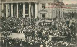 Bruxelles - Cortège Historique Deavnt La Bourse : Char De Léopold I Et Le Congrès / Groupe VII - Bruxelles-ville