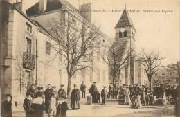 r�f : A-14-0724 :  Is sur Tille sortie des V�pres ( religion) (Christianisme)