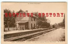 OF < 23  MERINCHAL - RARE < Gare - Passage Du Train Express Mont Dore à Paris - Chemin De Fer - Bahnhof - Autres Communes