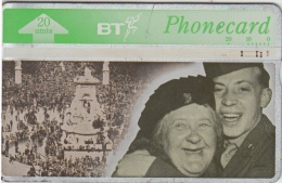 Telefoon   BT Phonecard The Time Of Our Lives    Einde Oorlog WOII VE DAY - Armee