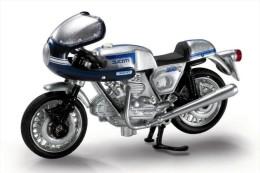 @ - DUCATI 900 SS - 1975 - 1:32 In Show Box - Motos