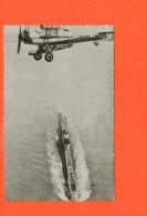 Avion De La Royal Air Force Transportant Une Torpille, Survolant Un Sous-marin - Aviation 12 (non écrite , Non Voyagée) - 1946-....: Ere Moderne