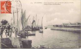 LE CROISIC - Une Vue Du Port, Avec Au Dernier Plan Et à Droite L'Hôpital Marin De Pen-Bron - Le Croisic
