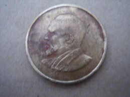 KENYA 1968 FIVE CENTS   KENYATTA Nickel-Brass  USED COIN In FAIR CONDITION. - Kenya