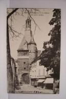 SAINT  FARGEAU  -Le  Beffroi (coté Est ) - Saint Fargeau