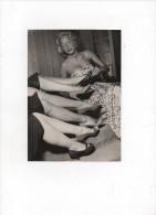 PRALINE Et Les Mannequins De Pierre BALMAIN.modèles LAURE 1951.AGIP,robert COHEN.photo Argentique 18,1 Cm X 13 Cm. - Célébrités