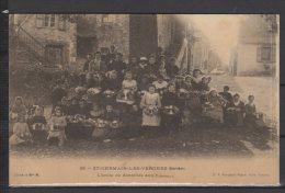 19 - St Germain Les Vergnes - L'Ecole De Dentelles Aux Fuseaux - Autres Communes