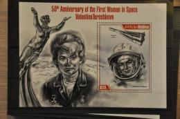 N 027 +MALDIVES 2013 VALENTINA TERESHKOVA SPACE MNH NEUF ** - Maldiven (1965-...)