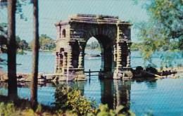 New York Thousand Island Arch Of Triumph Heart Island 1956