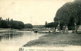 HERICY (77) - Embarquement Du Passeur Sur La Seine -convoyeur-ligne Fontaine-le-Port à Montereau - Other Municipalities